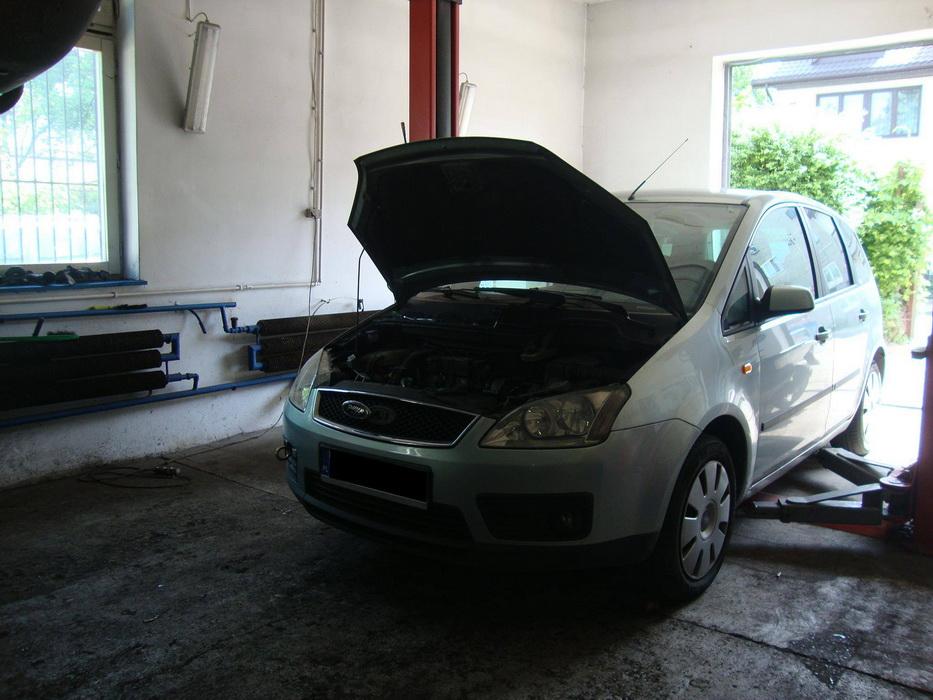 Ford Focus 1.6 TDCI - demontaż uszkodzonej turbiny oraz kompleksowe czyszczenie miski olejowej